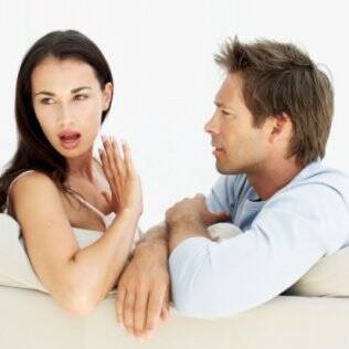 O bloqueio para namorar acontece em função de um relacionamento anterior que não deu certo, por vivência na infância ou até temperamento