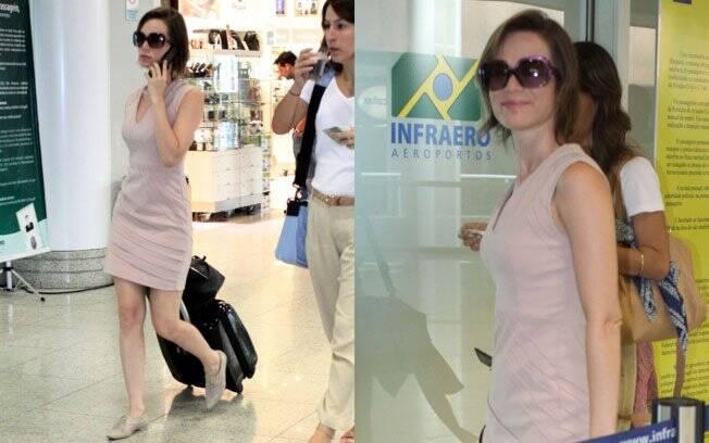 Conforto e elegância na escolha de Mariana Ximenes para viajar: vestido no comprimento certo e sapatos mocassim