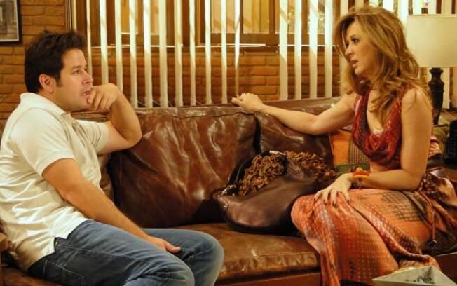 Jaque está disposta a arruinar a carreira do ex e faz uma proposta ao rival