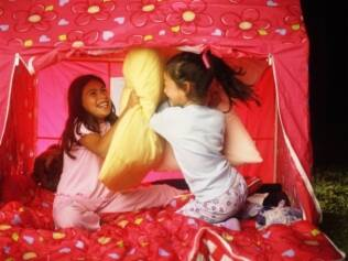 Festa do pijama é diversão pela noite adentro