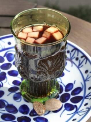 Vinho quente pede bebida frutada