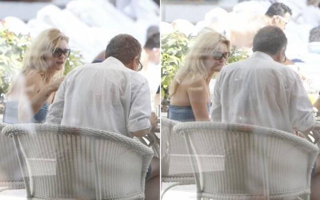 Kate Moss e Mario Testino tomam café na piscina do Copacabana Palace