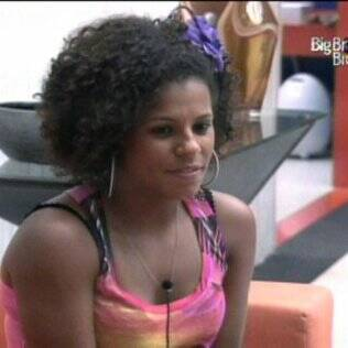 Janaina admira a atitude da primeira eliminada do programa