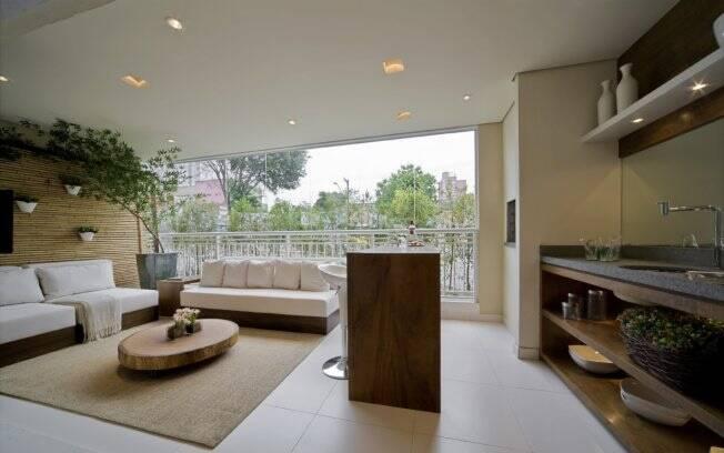 Sala e varanda unidas por mais espa o arquitetura ig for Sala de estar gourmet