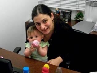 Carolina segura Luana: dez minutos para ela parar de chorar