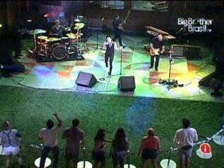 Banda Train faz show do BBB11