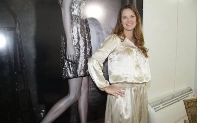 Leticia Birkheuer em seu stand no Fashion Business