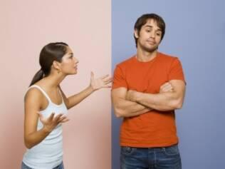 Homens e mulheres abordam as crises de maneiras diferentes