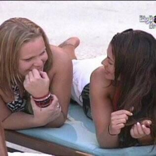Paula e Maria falam de relacionamentos