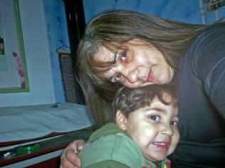 Gabriel Vinícius com a mãe, Marileide