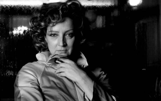 Após 20 anos na Globo, Betty Lago assinou contrato na Record e será uma empregada doméstica em