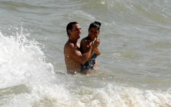 Matthew McConaughey e Camila Alves em Trancoso
