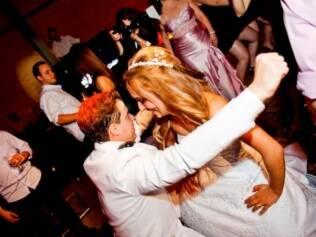Natália e José: músicas da festa refletiram estilo de vida dos noivos