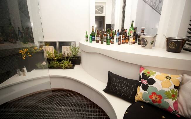 A comida é peça-chave na decoração do Apartamento do Chef, de Bernardo Schor e Rogério Antunes