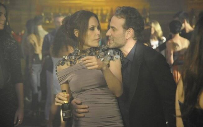 Samir dança com Amanda