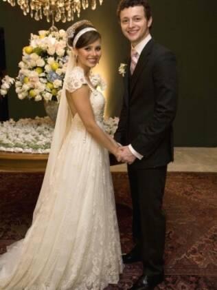Criação de Emanuelle Junqueira, o vestido de Sandy Leah foi elogiado por conseguir captar o estilo romântico da noiva. Por isso, é mais difícil de usar como modelo.