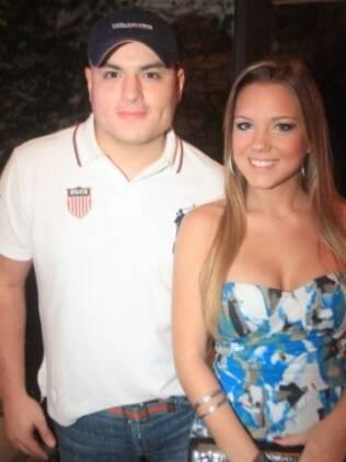 Carlinhos e a namorada, Aline Hauck