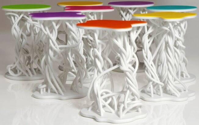 Os banquinhos Mangue Bit, da coleção Mangueagogo, também estarão na maior feira de design do mundo, em Milão