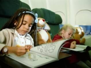 Atividades e lanches: planejamento torna as viagens menos estressantes para crianças e pais
