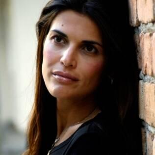 Isabella Lemos de Moraes decidiu contar em livro como sua família lidou com a dependência química do pai, que foi viciado em crack