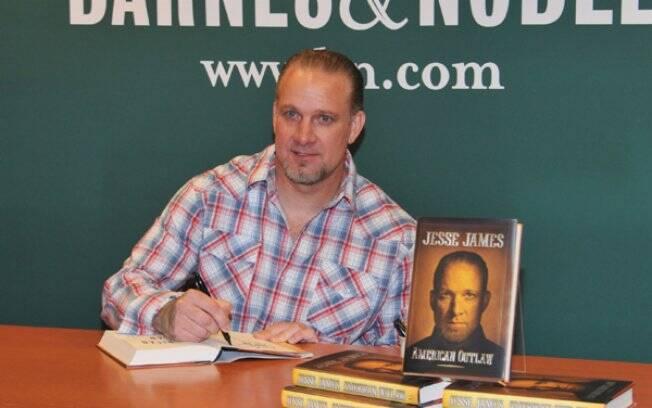 Jesse James autografa