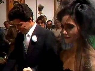 Fernanda (Christiane Torloni) se casou de preto, com Caio (José Mayer) em