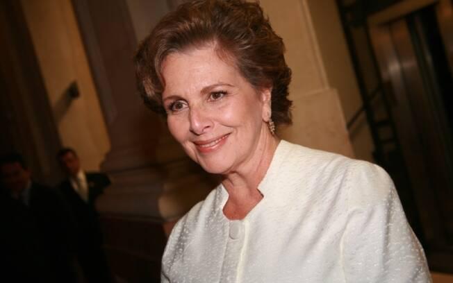 Irenen ravache será Charlô, personagem imortalizada por Fernanda Montenegro, em