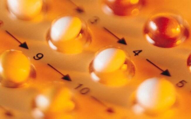 Pílulas são práticas, mas os hormônios podem ser prejudiciais em algumas situações. Cada mulher deve passar por uma seleção personalizada do contraceptivo