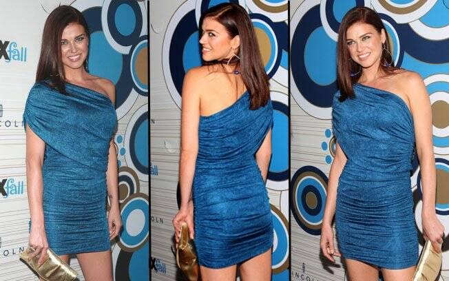 Adrianne Palicki em dezembro de 2010, em uma festa do canal fechado FOX