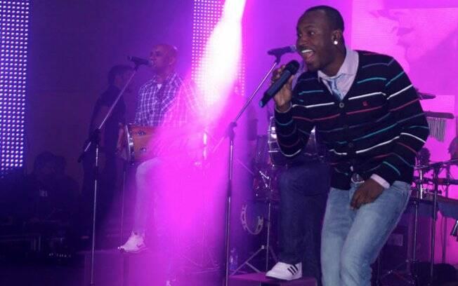 Thiaguinho é vocalista do Exaltasamba