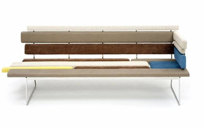 Lançadas em 2009, as peças da linha Tiras foram premiadas pelo Museu da Casa Brasileira em 2010