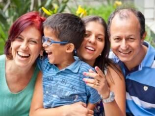 Yara e a família: quando jovem, ela desmanchava namoros com rapazes que se opunham à ideia de adotar
