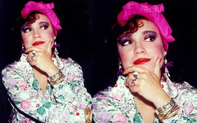 O turbante usado por Regina Duarte para interpretar a exagerada Viúva Porcina fez a cabeça de muitas mulheres fora da TV