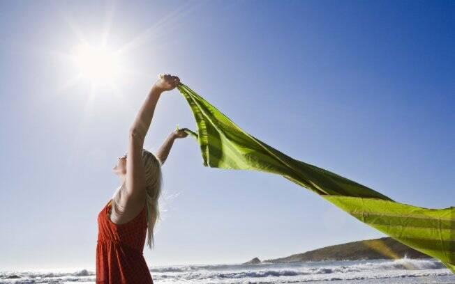 Expor-se ao sol por, no máximo, 30 minutos pode ser aliado da saúde
