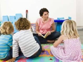 Pré-escola: flexibilidade de horários e convívio com outras crianças são as vantagens