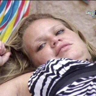 Paula alfineta postura do Diogo