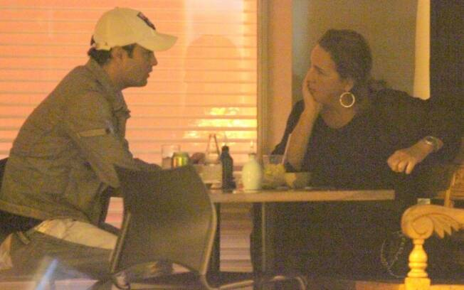 Rodrigo Phavanello tem 34 anos e Claudia, 52