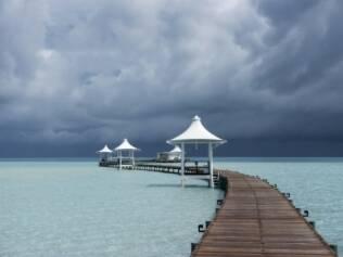 Maldivas e seu lindo mar azul. Este paraíso está ameaçado pelo aquecimento global