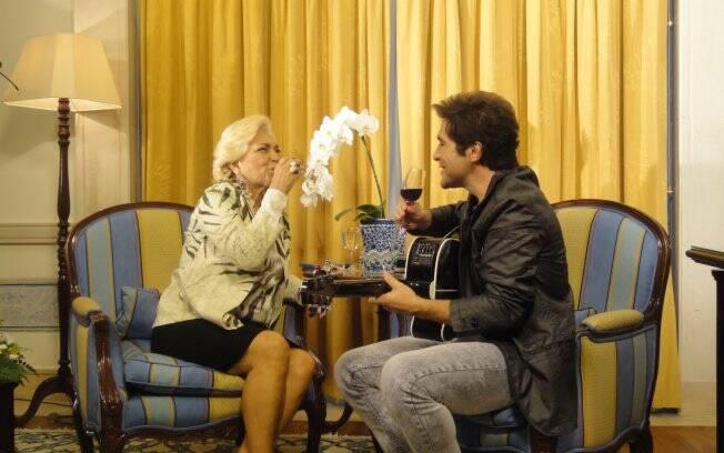 Hebe Camargo entrevista cantor Daniel em Lisboa