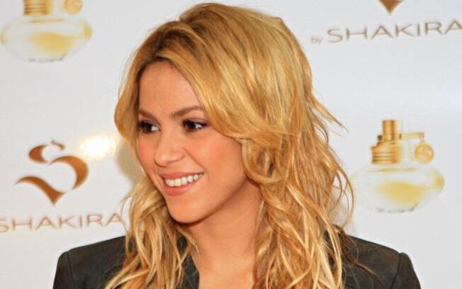 Shakira em São Paulo, na coletiva do lançamento de seu perfume (19/03)