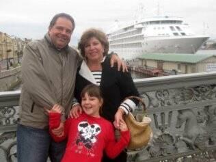 Silvia Poppovic e a família viajaram em um cruzeiro de luxo: