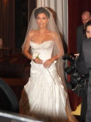 Juliana Paes se casou em setembro de 2008, mas seu vestido, de Samuel Cirnansck, continua no imaginário das mulheres que pretendem se casar