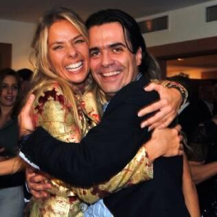 Adriane Galisteu comemorou o aniversário de Fábio Arruda nessa sexta-feira (13)
