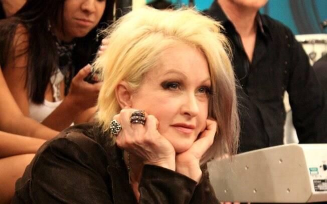 Cyndi Lauper durante a gravação do programa