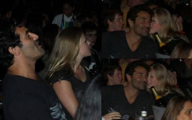 Luciano Szafir vibra com o show e recebe o carinho da namorada