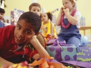 Festa em casa: envolver as crianças e economizar nos gastos compensam o trabalho