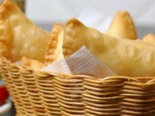 Pastel de queijo pede pilsen clássica