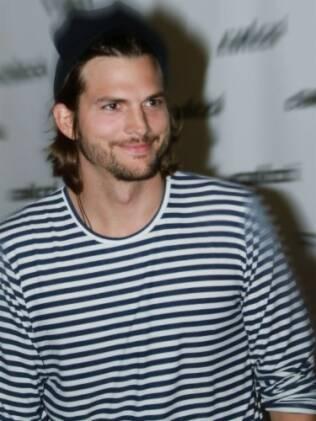 Ashton Kutcher após o desfile