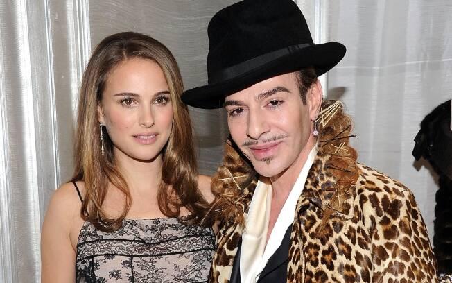 Natalie Portman e John Galliano, estilista da Dior