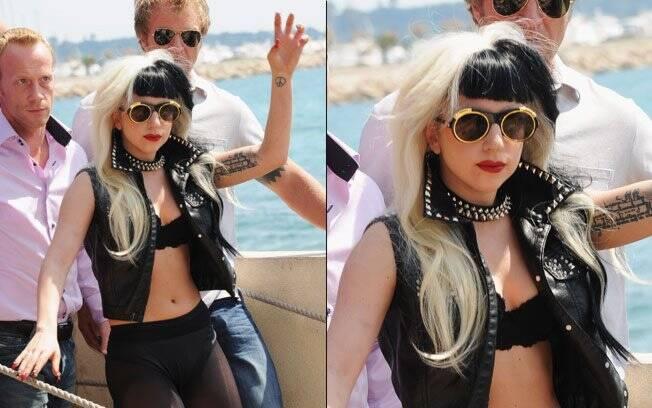 Lady Gaga acena para os fãs antes durante tarde de ensaios antes do show